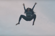 "SZA – ""Broken Clocks"" Video"