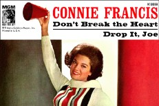 Connie Francis - Don't Break The Heart That Loves You