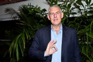 Lyor Cohen Releases Statement About Viral Kanye Photo