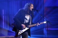 Watch The War On Drugs Unchain &#8220;In Chains&#8221; On <i>Seth Meyers</i>