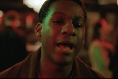Leon-Bridges-Bet-Aint-Worth-The-Hand-video-1522678299