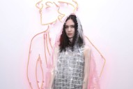 Grimes Teases Collabs With LOOΠΔ, Poppy