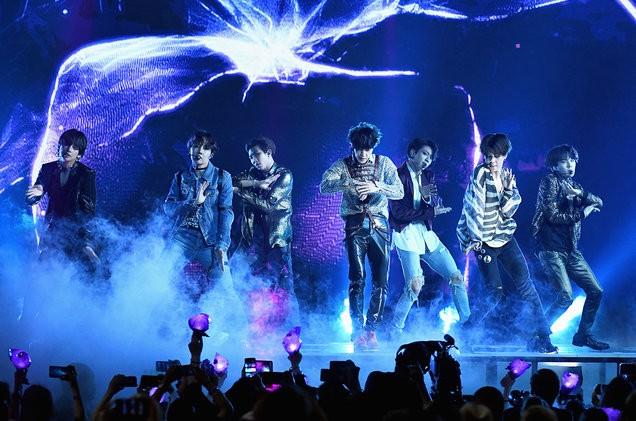 BTS-live-show-bbmas-2018-billboard-1548-1527626278