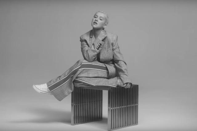 Christina-Aguilera-Accelerate-video-1525352959