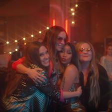 Nicki Minaj Joins Haim In SNL's