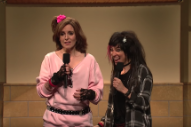 Watch Tina Fey Sing System Of A Down In <em>SNL</em> Talent Show Sketch
