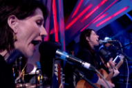 The Breeders Perform On <em>Jools Holland</em>: Watch