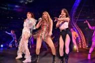 Watch Charli XCX Debut &#8220;Five In The Morning&#8221; And Sing With Taylor Swift &#038; Camila Cabello At <em>Reputation</em> Tour Opener