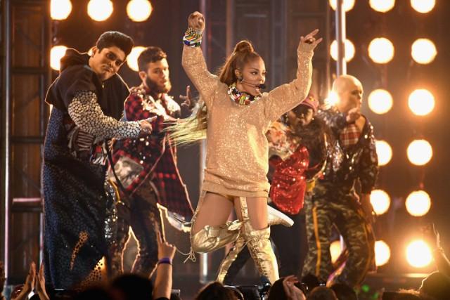 Janet Jackson BBMAs performance