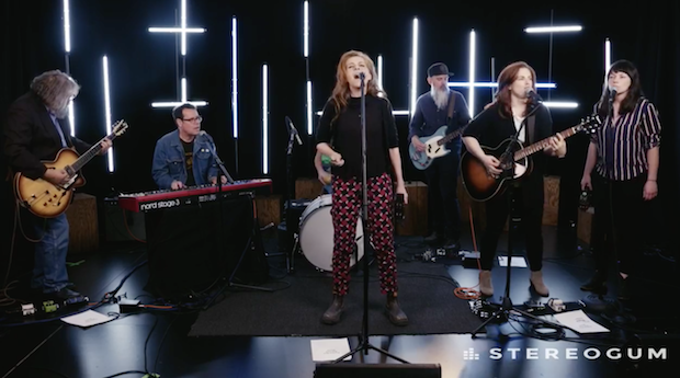 Neko Case Plays 'Hell-On' Songs Live In Session: Watch - Stereogum
