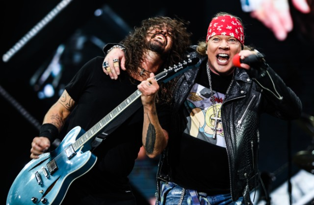 Foo Fighters & Guns N' Roses Perform Together In Florence: Watch