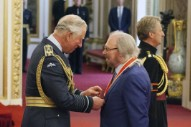 Bee Gees Star Becomes Sir Barry Gibb