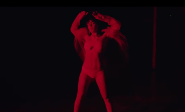 Charli-XCX-5-In-The-Morning-video