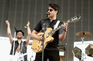"Watch Vampire Weekend Mash ""Cape Cod Kwassa Kwassa"" With ""Here Comes The Sun"" In LA"