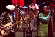 Watch Nile Rodgers &#038; Chic Debut &#8220;Boogie All Night&#8221; With NAO &#038; Mura Masa On <em>Jools Holland</em>