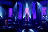Watch St. Vincent Play &#8220;Fast Slow Disco&#8221; On <em>Jools Holland</em>