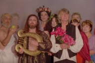 "Neil & Liam Finn – ""Back To Life"" Video (Feat. Mac DeMarco, Weyes Blood, Connan Mockasin, & More)"