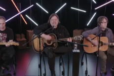Watch Matthew Sweet's Stripped-Down Stereogum Session