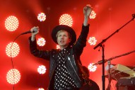 Watch Beck Cover Spoon With Britt Daniel And Sing A Rarity With Jenny Lewis At MSG