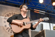 mumford-and-sons-newport-folk-festival