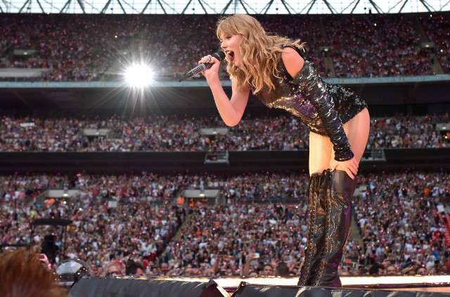 Taylor Swift Reputation Tour Review: When A Stadium Tour Is