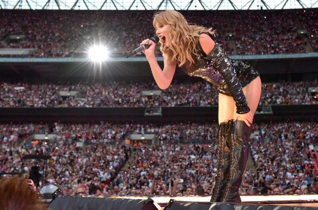 Big Reputation  A Trip To Taylor Swift s Hyper-Maximalist Stadium Tour 2a39196cb