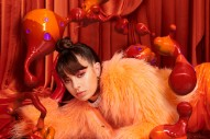 "Charli XCX – ""Girls Night Out"""