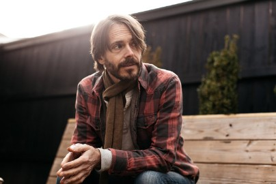 Toad The Wet Sprocket Frontman Glen Phillips Is Cool With His Band Not Being Cool