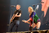 "Watch Taylor Swift Cover ""Summer Of '69"" With Bryan Adams"