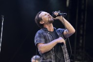 Watch Pearl Jam Cover The White Stripes