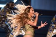 Watch Jennifer Lopez Perform & Accept The Video Vanguard Award At The 2018 VMAs