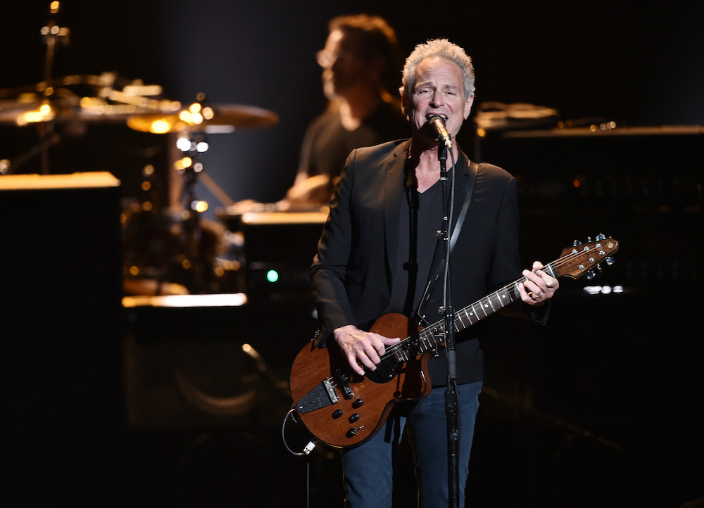 Lindsey Buckingham Announces North American Tour, Solo Anthology With New Songs