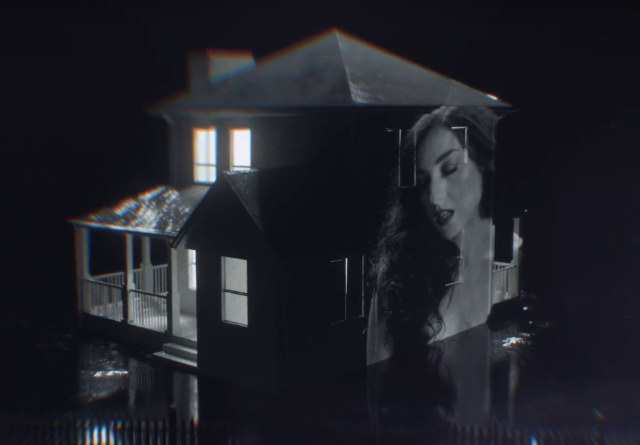 Marissa-Nadler-Blue-Vapor-video