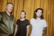 Eve 6&#8217;s Max Collins On 20 Years Of &#8220;Inside Out,&#8221; Getting A Record Deal At 17, &#038; <i>Can&#8217;t Hardly Wait</i>