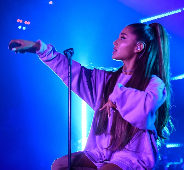 Watch Ariana Grande Cover Thundercats Them Changes Stereogum