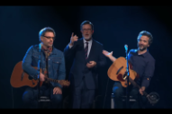 Watch Flight Of The Conchords Play A New Song On <em>Colbert</em>