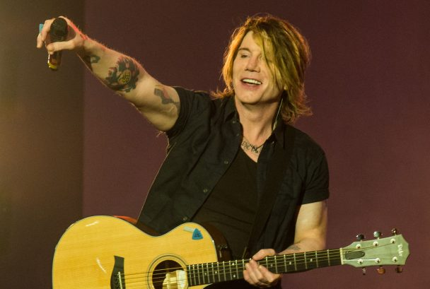 Goo Goo Dolls Interview Johnny Rzeznik Talks Dizzy Up