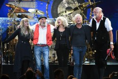 Stevie Nicks, John McVie, Christine McVie, Lindsey Buckingham, Mick Fleetwood