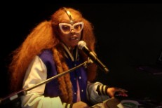 Erykah-Badu-in-BET-Cypher