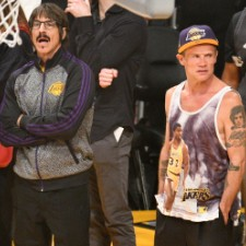 Anthony Kiedis Ejected From Lakers Game