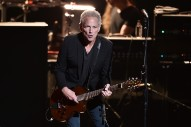 Lindsey Buckingham Says Stevie Nicks Had Him Fired From Fleetwood Mac Over The Phone