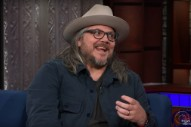 Watch Jeff Tweedy Talk About Why Wilco Named Their Album <em>Star Wars</em> &#038; Play &#8220;Let&#8217;s Go Rain&#8221; On <em>Colbert</em>