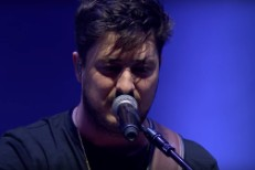 Mumford-And-Sons-in-Live-Lounge