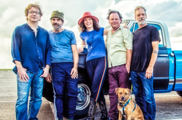 Edie Brickell And The New Bohemians 2018