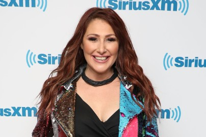 "Tiffany On Reconnecting With New Kids On The Block, Being A Reluctant Teen Icon, And Why Robin Sparkles Is ""A Better Tiffany"""