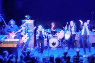Watch '60s Pop Greats The Strangeloves Reunite, Perform With Yo La Tengo