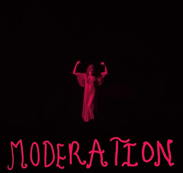 Florence-And-The-Machine-Moderation