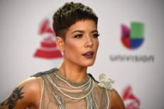 US-ENTERTAINMENT-MUSIC-LATINGRAMMY-ARRIVALS