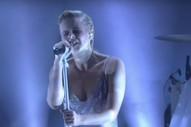Watch Robyn&#8217;s Great &#8220;Ever Again&#8221; Performance On <em>Ellen</em>