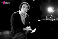 Watch Chilly Gonzales&#8217; <i>Pop Music Masterclass</i> On Queen